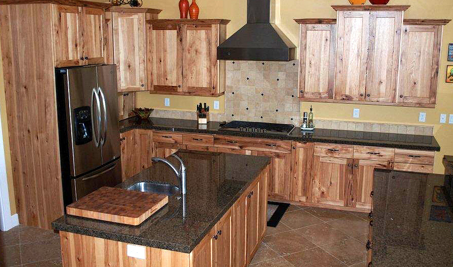 Kitchen - hickory, shaker style