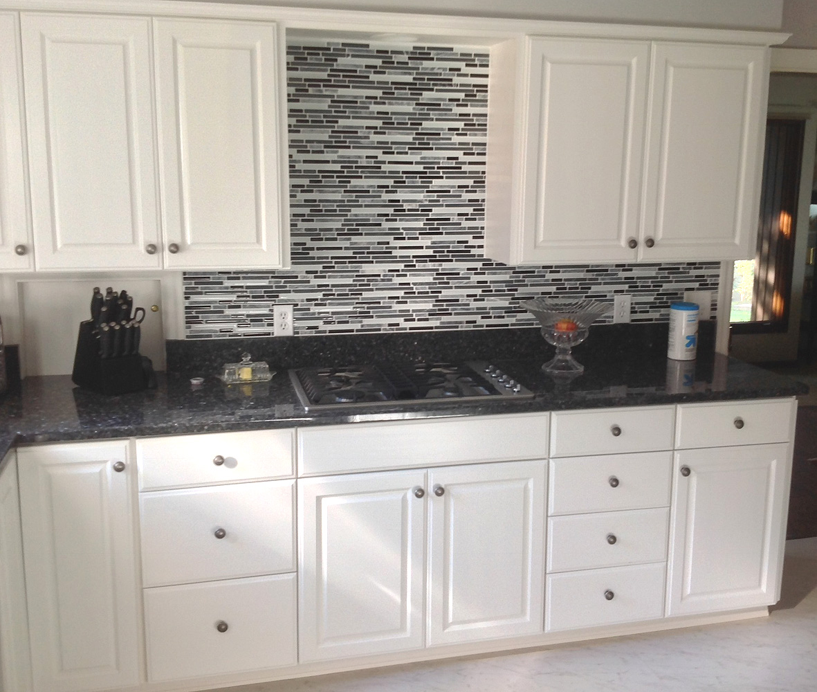 Kitchen - paint-grade, raised panel